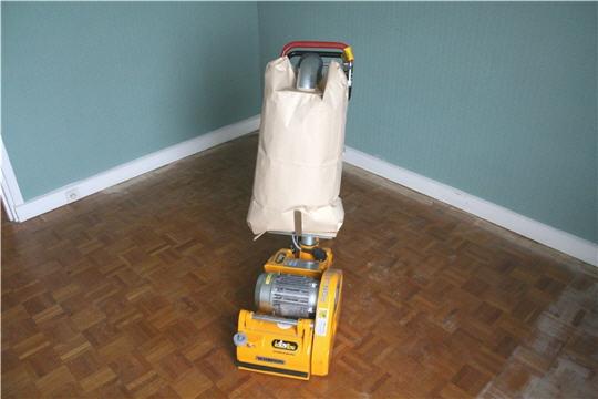 Vitrification un parquet comme neuf renovation et decoration - Combien de temps pour poncer un parquet ...