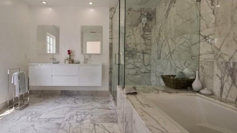 Les avantages du marbre et de la pierre dans une salle de ...