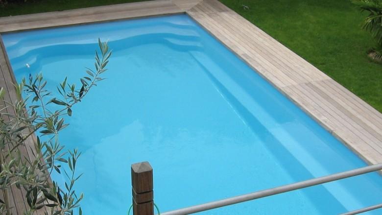 Tout savoir sur les piscines coque polyester r novation - Renovation piscine coque polyester ...