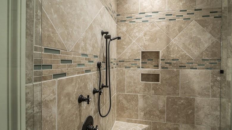 Salle de bain sale voici comment bien nettoyer les joints - Comment nettoyer les joints de faience de salle de bain ...