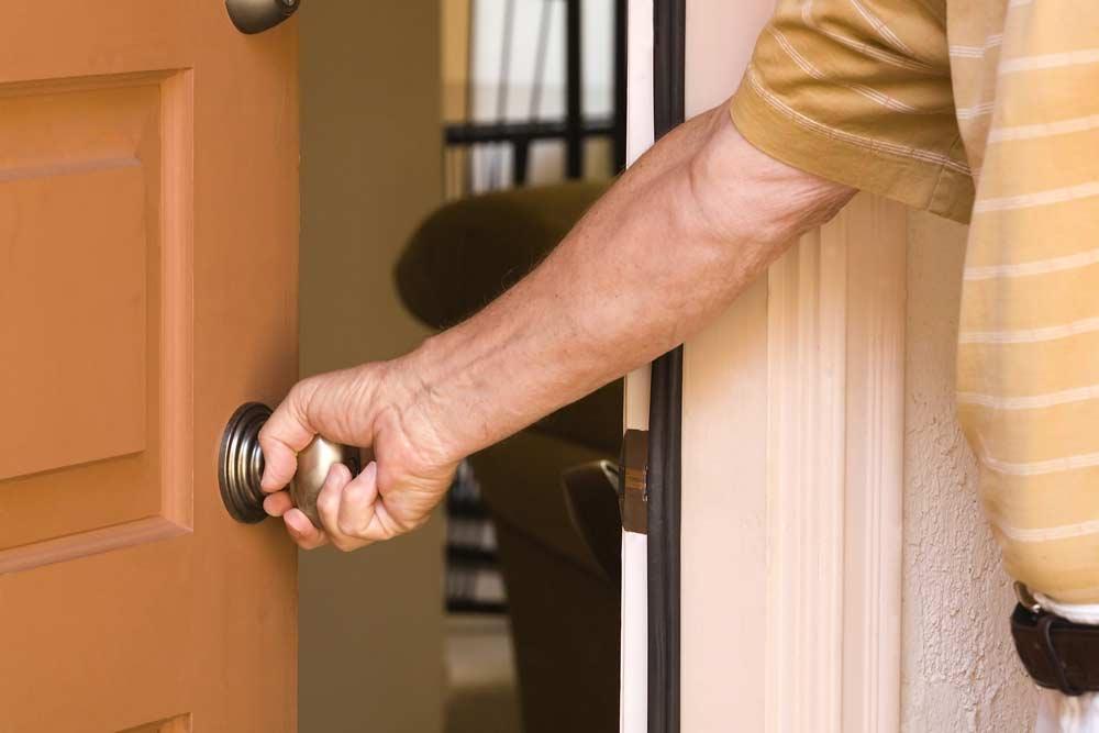 faire réparer sa porte d'entrée