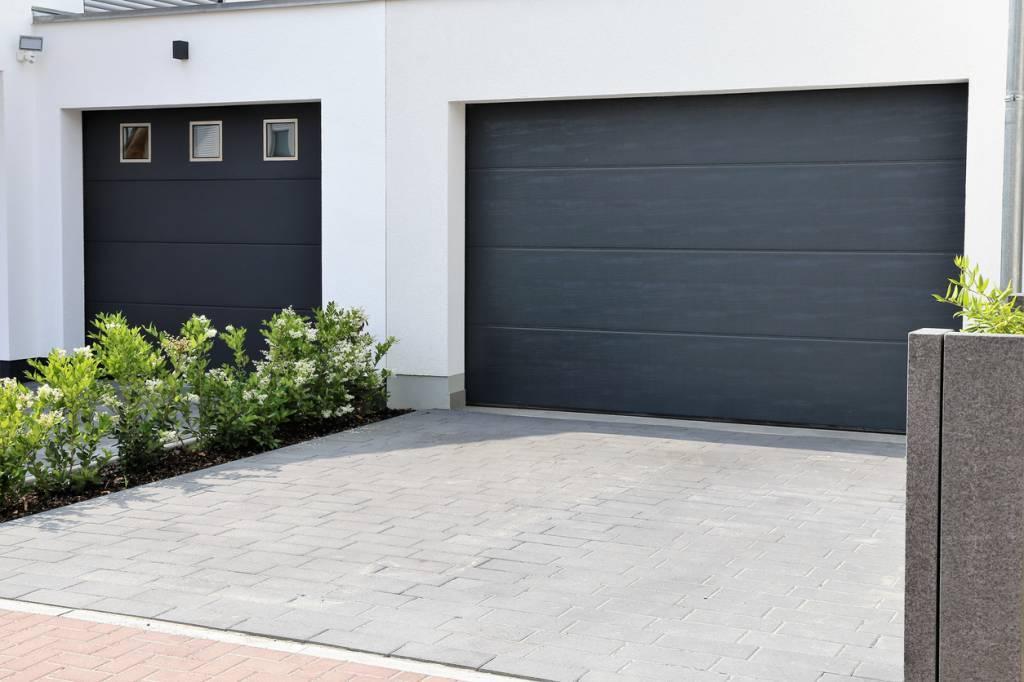 comment sécuriser une porte de garage