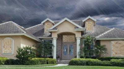 Pourquoi et comment embarquer les fenêtres pour la protection contre les ouragans
