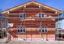 Comment rénover une ancienne maison art déco avec des baies vitrées modernes ?