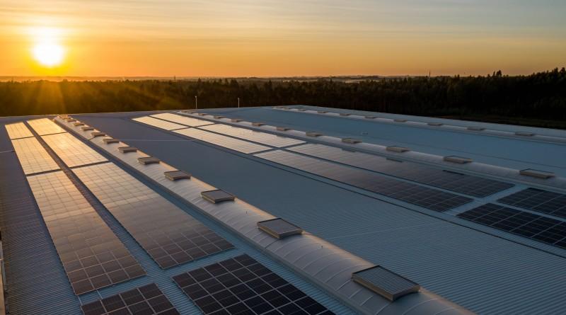 Panneaux solaires bi-faces : où en est-on aujourd'hui ?