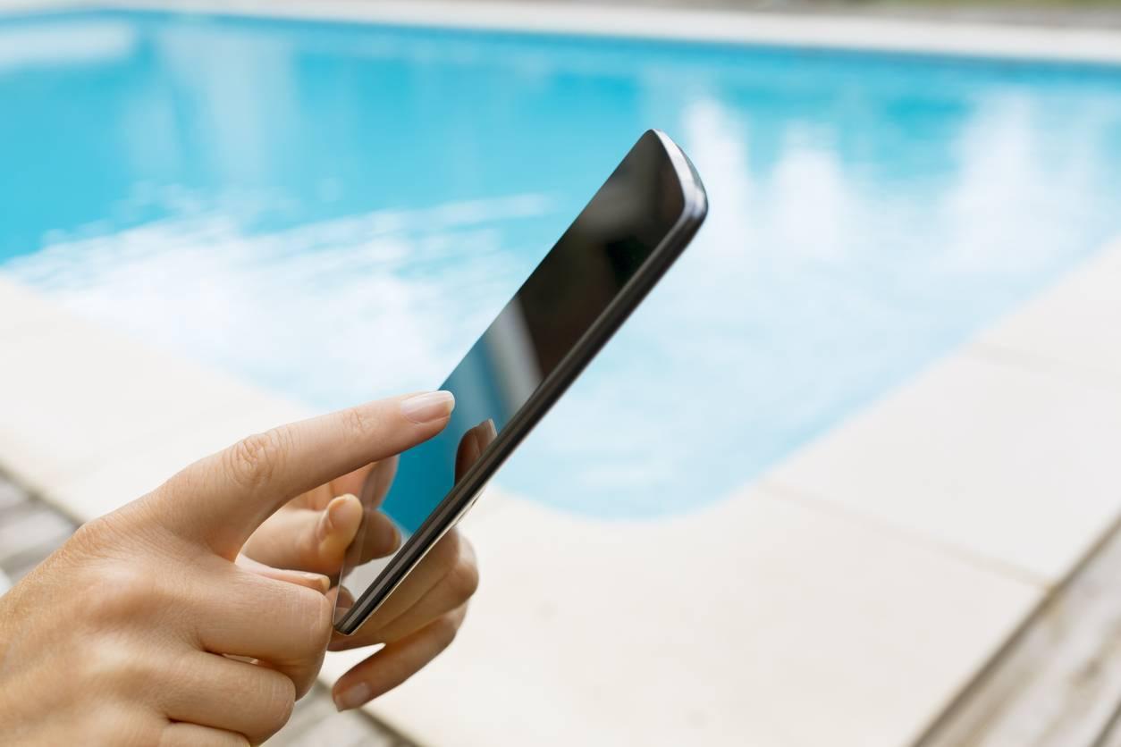 domotique piscine smartphone